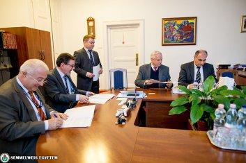 Semmelweis Egyetem - MediKlaszter együttműködés / 2017.03.16