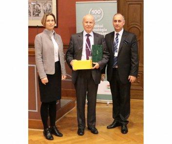 Elismerésben részesülők - Kincs Béla - Labtech Kft. ügyvezető igazgatója