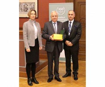 Elismerésben részesülők - Dr. Steiner Arnold - MEDICOR Zrt. elnök-vezérigazgatója a MediKlaszter elnöke